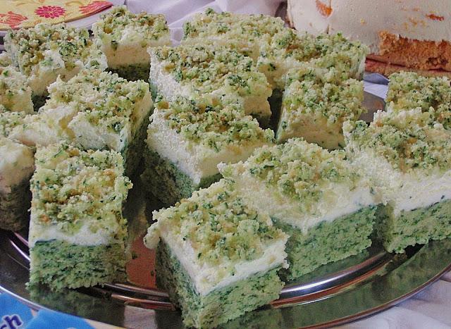 Photo of Süßer grüner Spinatkuchen