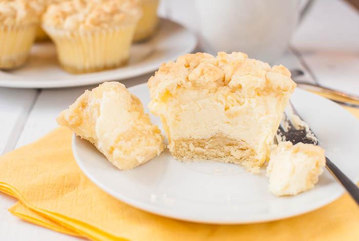 Photo of Käsekuchen-Muffins mit streuseln